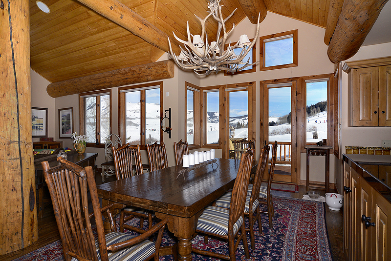 New Listing Ski-in/out Home in Mt. Crested Butte