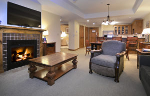 Lodge at Mountaineer Square Condo
